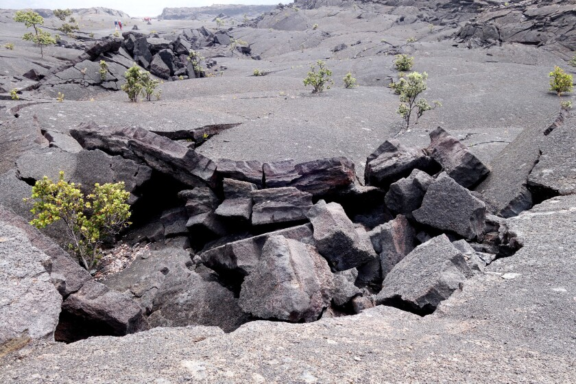 The cooling Kilauea Iki crater lava buckled and broke in striking ways.