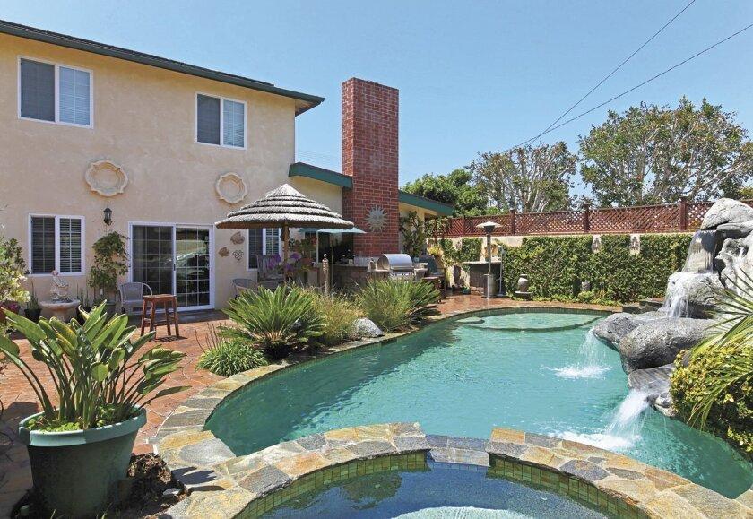 5727-La-Jolla-Hermosa-pool