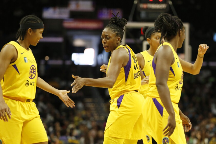 Sparks' Tierra Ruffin-Pratt, Nneka Ogwumike on Aug. 4 against the Storm.