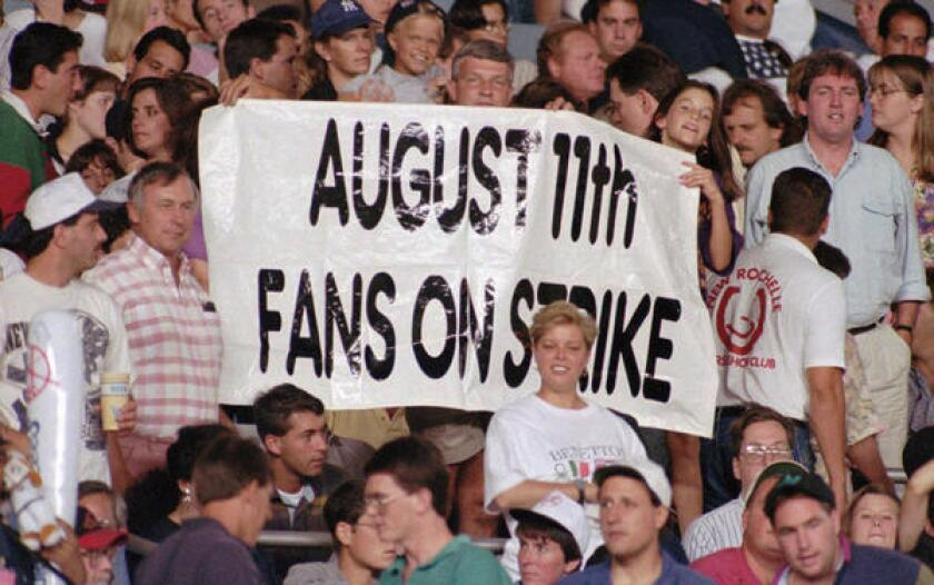 Yankees fans protest 1994 strike