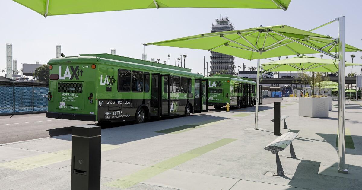 LAX προσθέτει περισσότερα λεωφορεία για να ενισχύσουν LAX-το λεωφορείο λειτουργεί