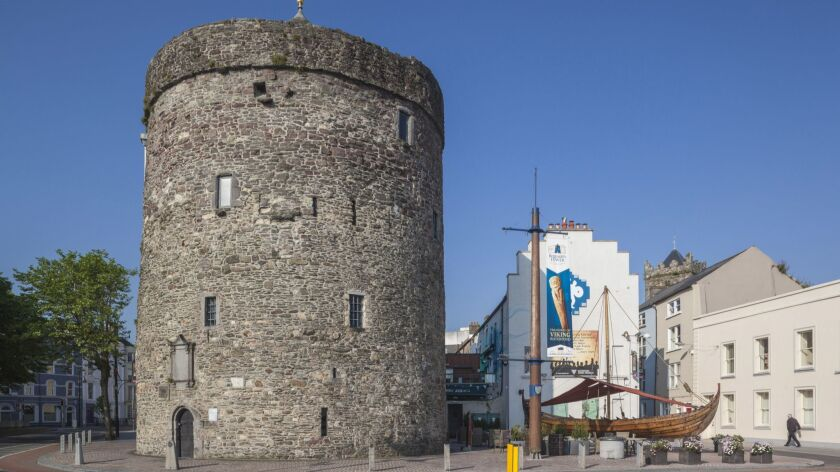 Ireland, County Waterford, Waterford City, Reginalds Tower, oldest complete building in Ireland