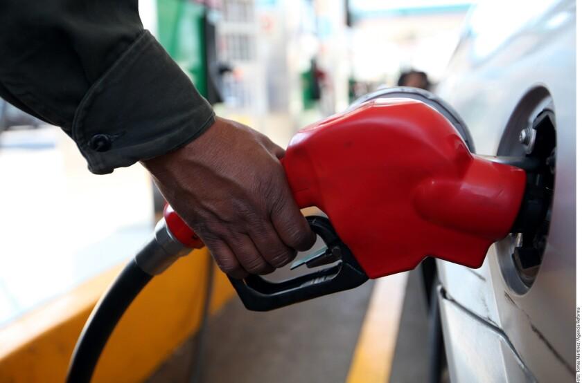 Pemex informó que la estrategia de abastecimiento consiste en darle prioridad a aquellas gasolineras con menores inventarios.