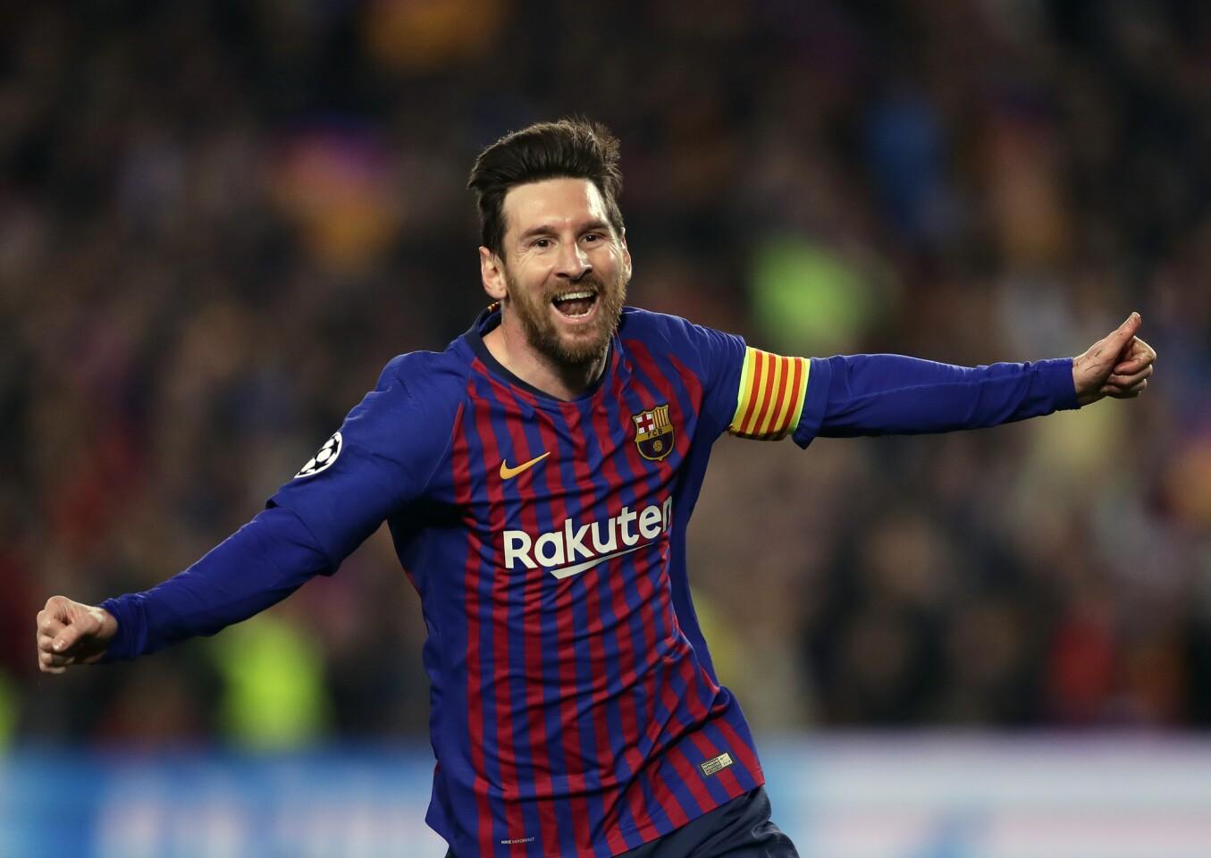 Lionel Messi del Barcelona tras anotar el segundo gol durante el partido ante Manchester United por los cuartos de final de la Liga de Campeones, en Barcelona, el martes 16 de abril de 2019. (AP Foto/Manu Fernández) ** Usable by HOY, ELSENT and SD Only **