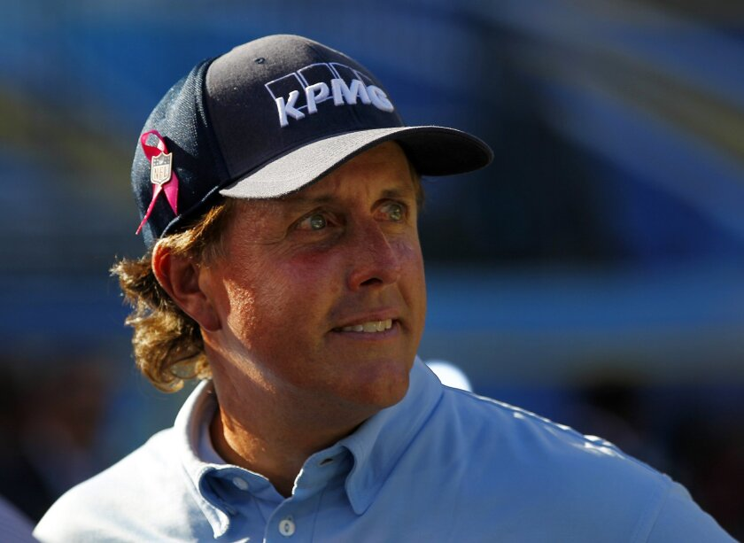 Phil Mickelson was at Qualcomm Stadium for a halftime golf shot.