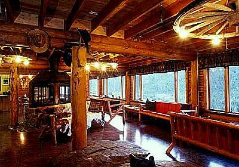 Eagle's Nest Lodge