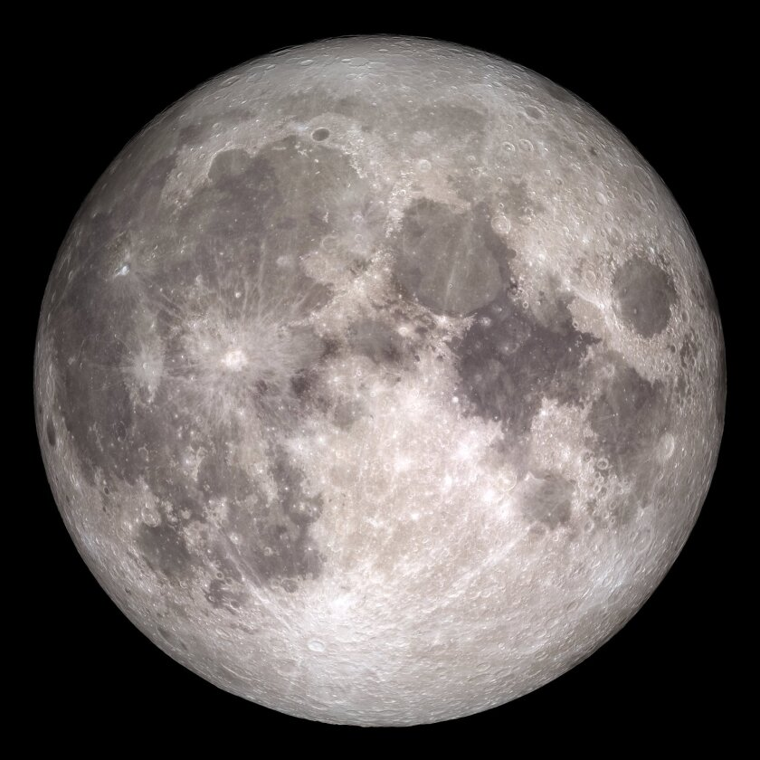 Look up in the sky Christmas morning to enjoy the first full moon on Christmas since 1977.
