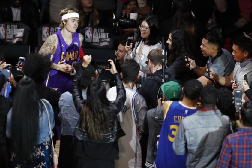 """Justin Bieber desvela cómo llegó a """"no querer vivir más"""" entre drogas y éxito"""