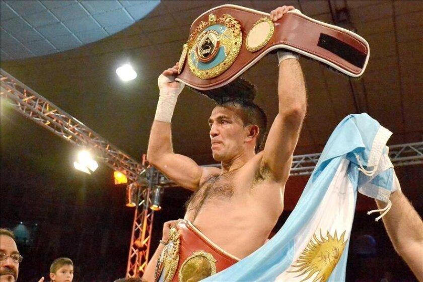El argentino Omar Narváez, de 37 años, también ha sido campeón mosca OMB, título que ganó ante el nicaragüense Adonis Rivas, en 2002, y que defendió con éxito en 16 ocasiones, récord para los campeones mundiales de su país. EFE/Archivo