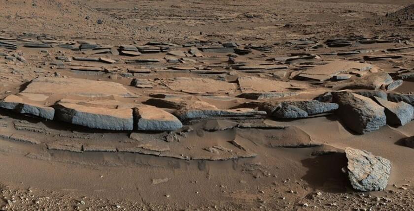 Mars past lake