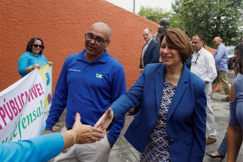 Asociación de Maestros pide a Educación de P.Rico retirar política asistencia