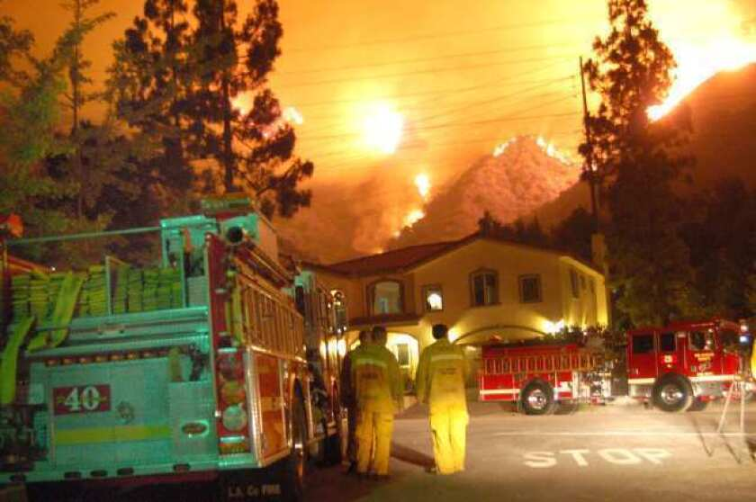 La Cañada Flintridge home threatened by Station fire.