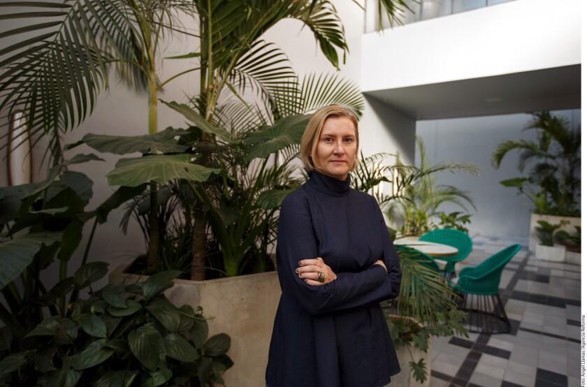 La reconocida experta en diseño, Ana Elena Mallet, quien ha colaborado con museos en México, Estados Unidos y Europa, expresa que habrá que ver cómo se acomodan las fichas en un complicado escenario en el que que la geopolítica está en reconfiguración,