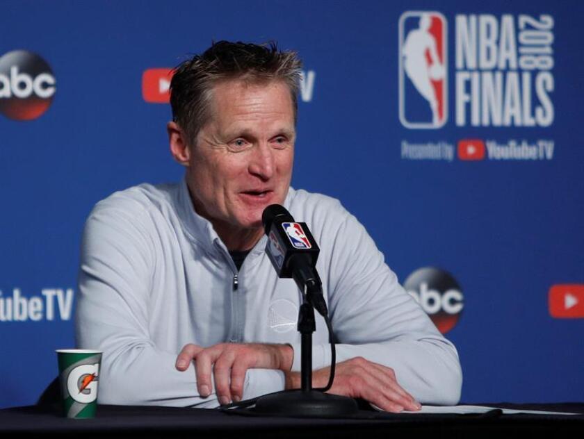 Imagen de Archivo del entrenador de los Warriors de Golden State de la NBA, Steve Kerr. EFE/Archivo