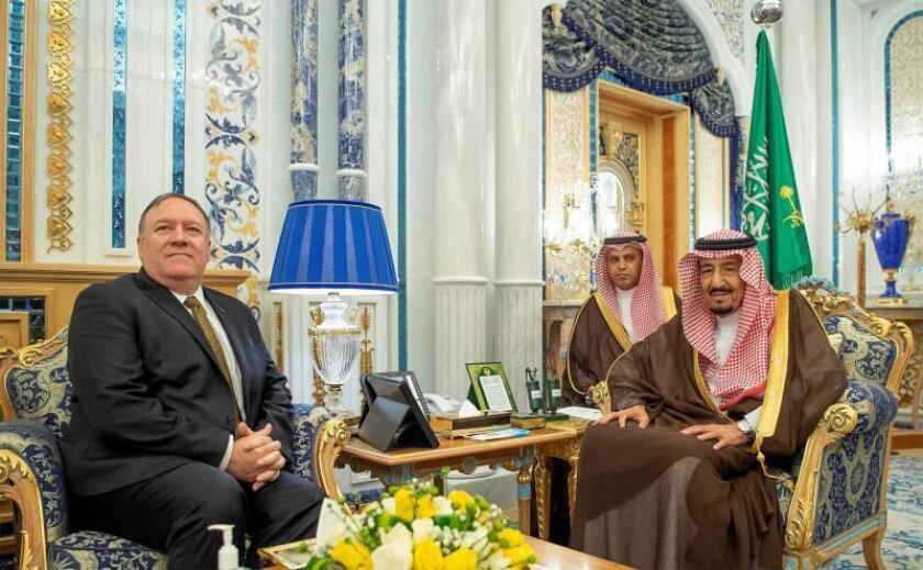 Pompeo se reúne con el rey Abdelaziz en Arabia Saudí