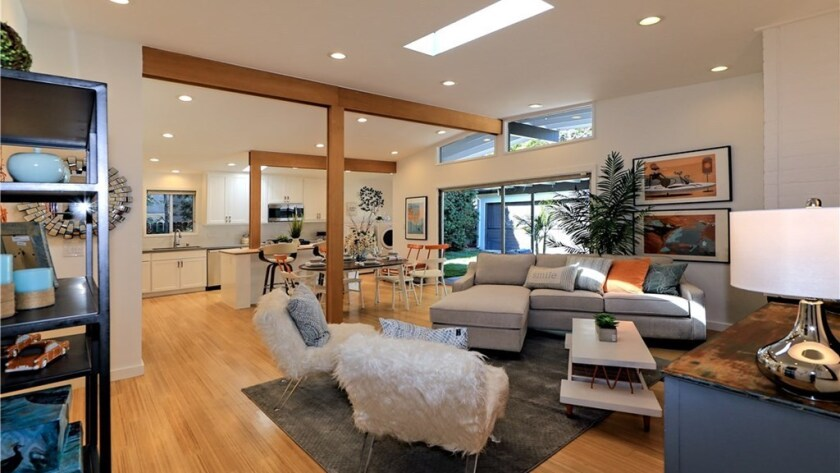 The Encino home of actress Mary Lynn Rajskub is for sale at $999,950.