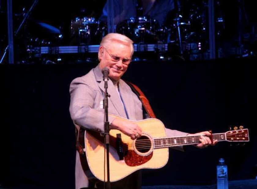 Country singer George Jones says he'll quit touring after a string of farewell performances next year.