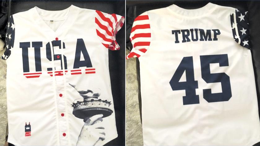 El jersey de la polémica, con el nombre de Trump y el número '45', usado por un alumno en un evento con temática patriótica en Carolina del Norte.