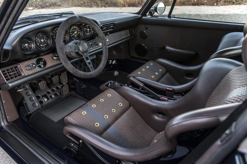 Interior of Porsche 911