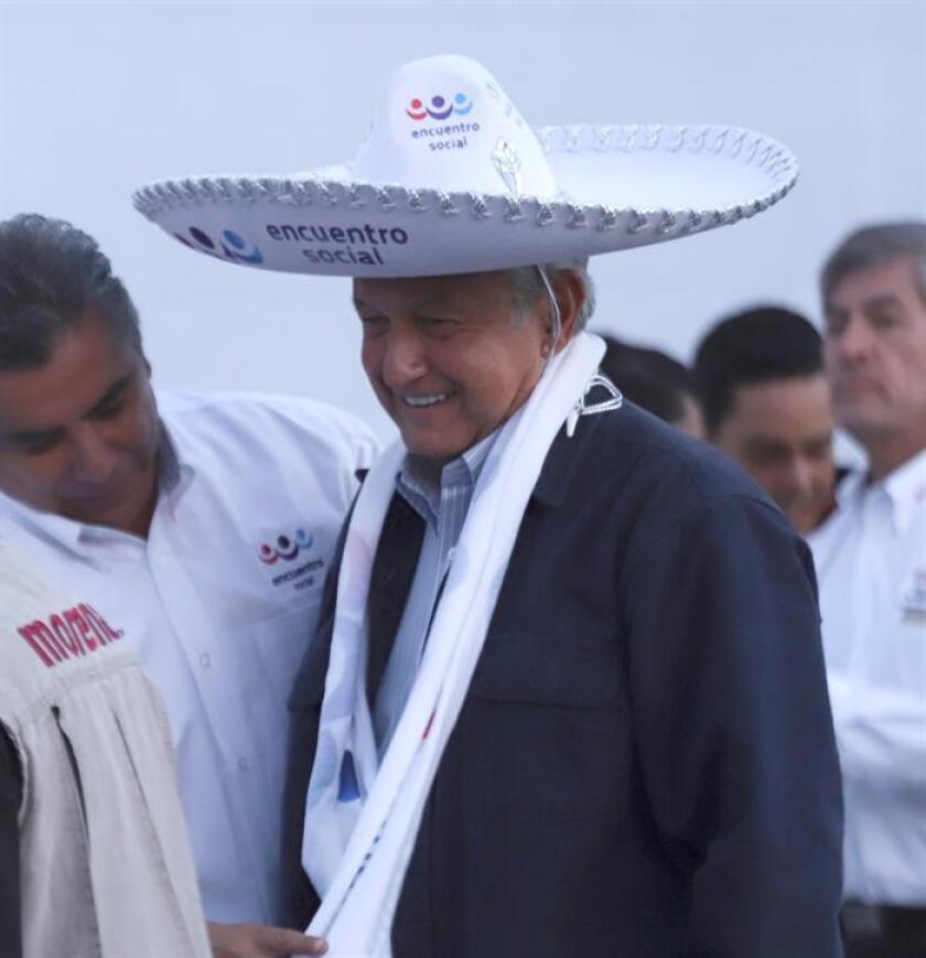 El Partido Encuentro Social (PES), formación evangélica que concurrió en coalición con Andrés Manuel López Obrador, y el centrista Nueva Alianza (Panal) perderán su registro como partidos al no haber alcanzado el 3 % de los votos en las elecciones federales del 1 de julio. EFE/Archivo