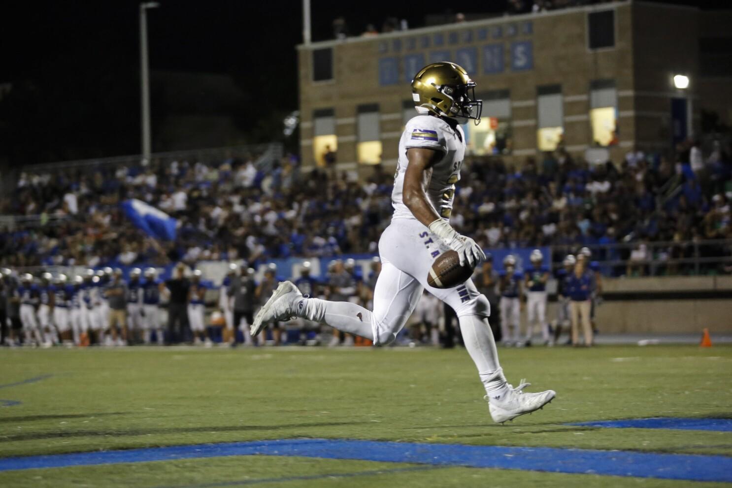 Saints junior's big plays turn tide against Hornets