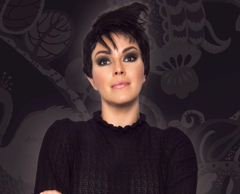 """Alicia Machado regresa a la gran pantalla como toda una """"loca""""."""