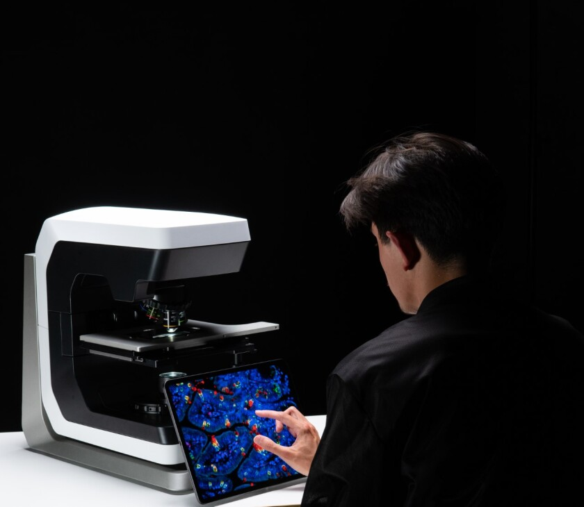 Discover Echo's microscope, called the Revolve, combines two commonly used designs (the upright and inverted).
