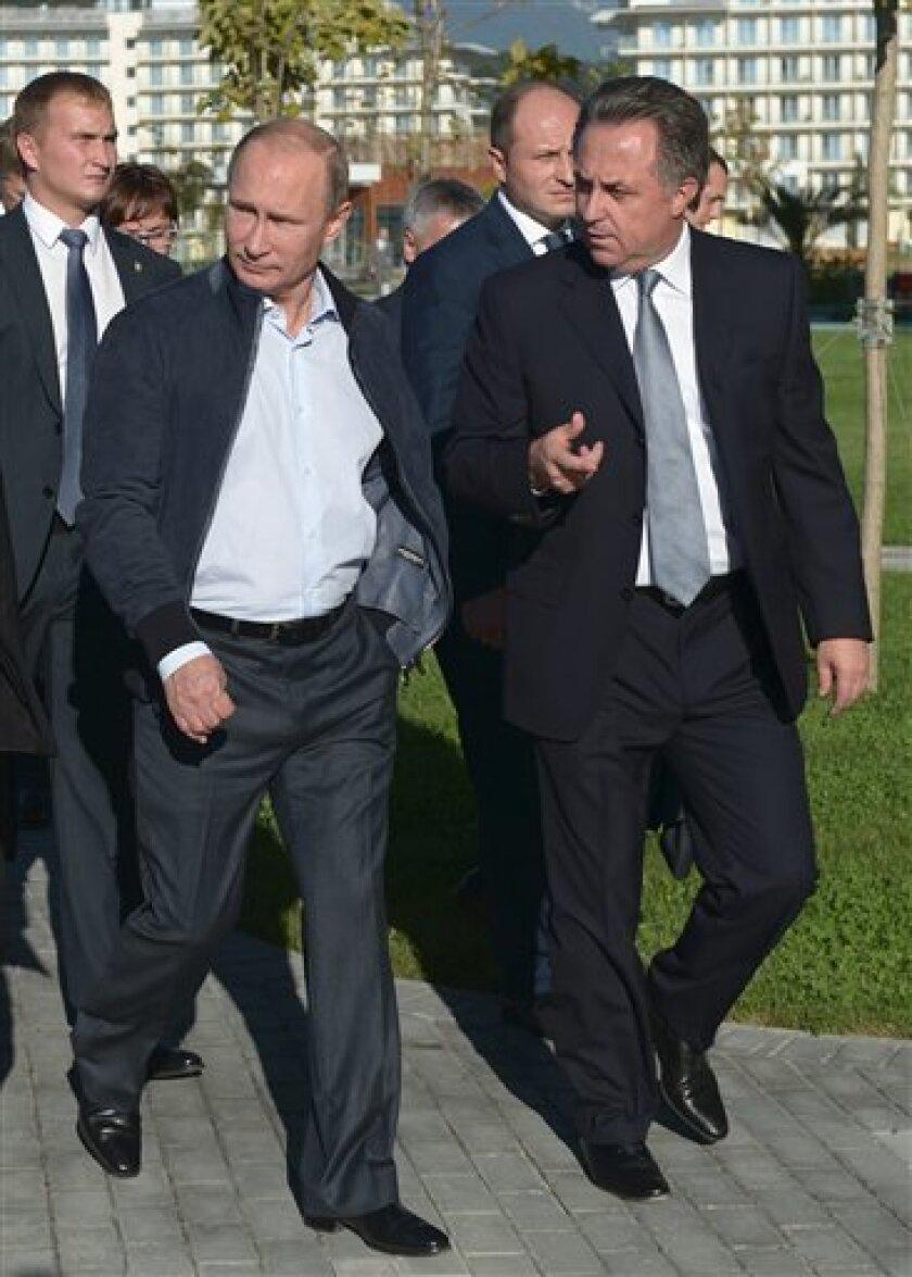 El ministro de Exteriores ruso, Serguéi Lavrov, descartó hoy una nueva Guerra Fría y que Moscú busque debilitar a la Unión Europea (UE) en una reunión con empresarios europeos.