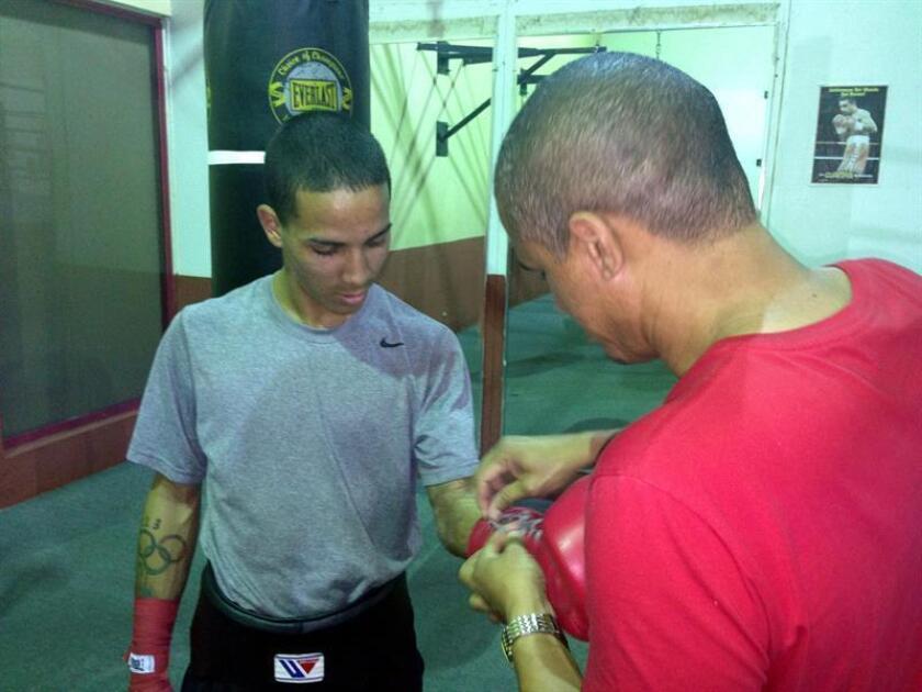 """Boricua """"Manny"""" Rodríguez parte a Londres para pelea por el título gallo ante Paul Butler"""