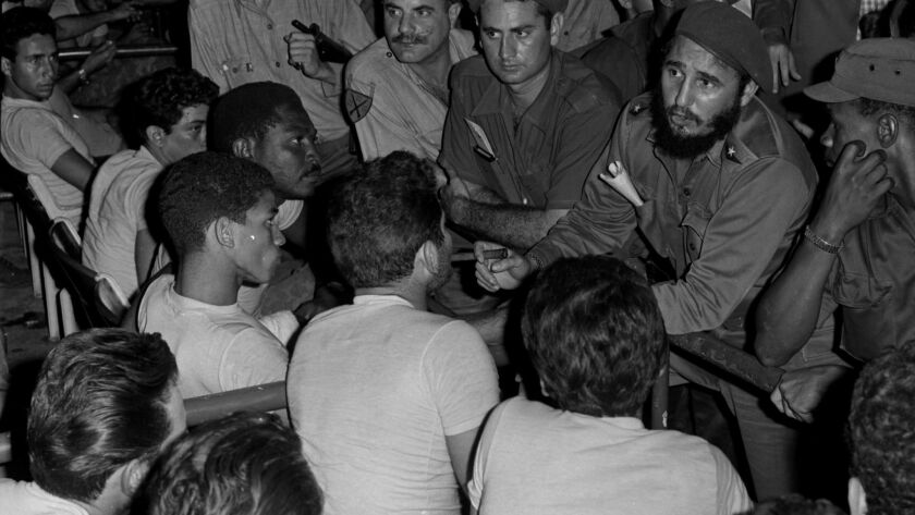 Castro speaks to prisoners after the Bay of Pigs invasion