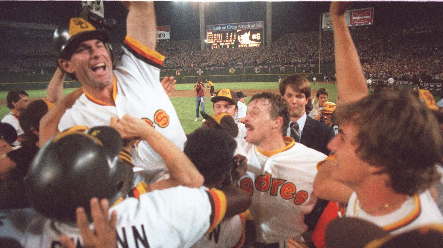 Garvey's sweet swing delivers No. 1 moment in San Diego sports history -  The San Diego Union-Tribune