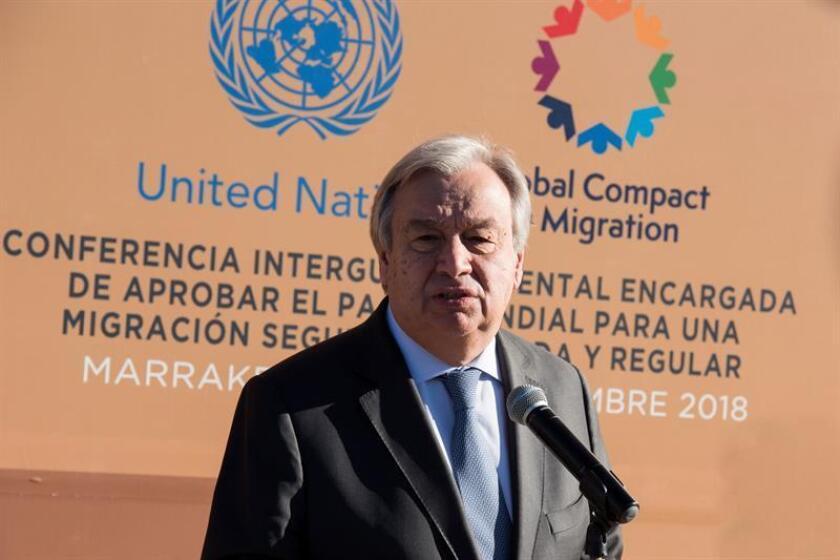 El secretario general de la ONU, Antonio Guterres, ofrece una rueda de prensa en el marco de la conferencia intergubernamental de la ONU organizada en la ciudad marroquí de Marrakech hoy, 10 de diciembre de 2018. EFE/Archivo