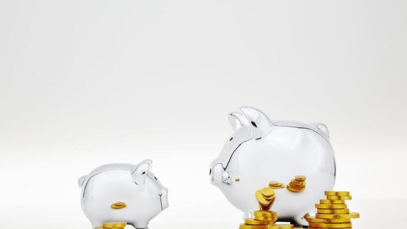 Enseñar a los niños hábitos sobre el dinero les ayudará a convertirse en adultos financieramente prudentes (Getty Images).