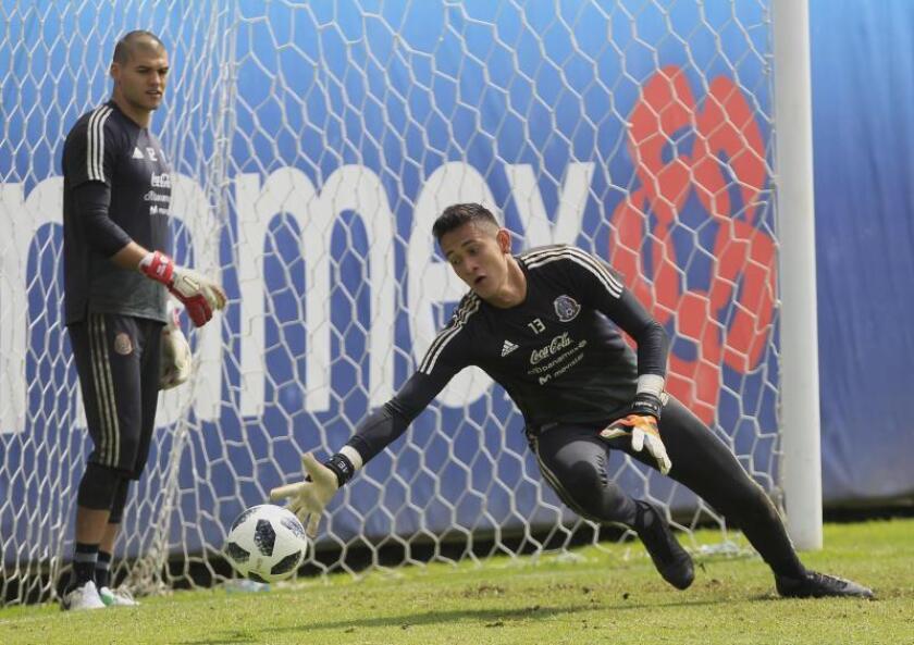Gudiño asegura que Chivas jugará el clásico sin sentirse menos ante el Atlas