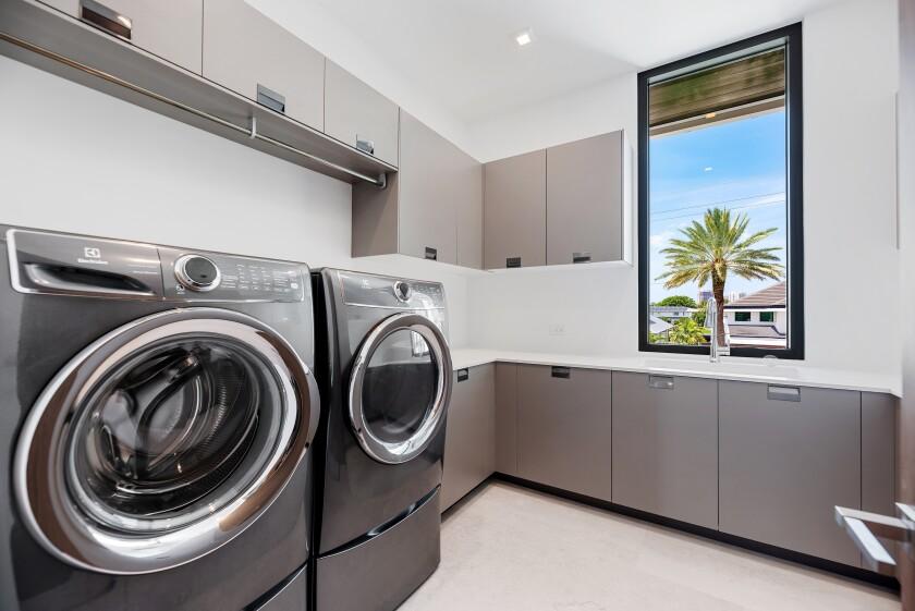 Homes Designer Laundry Rooms
