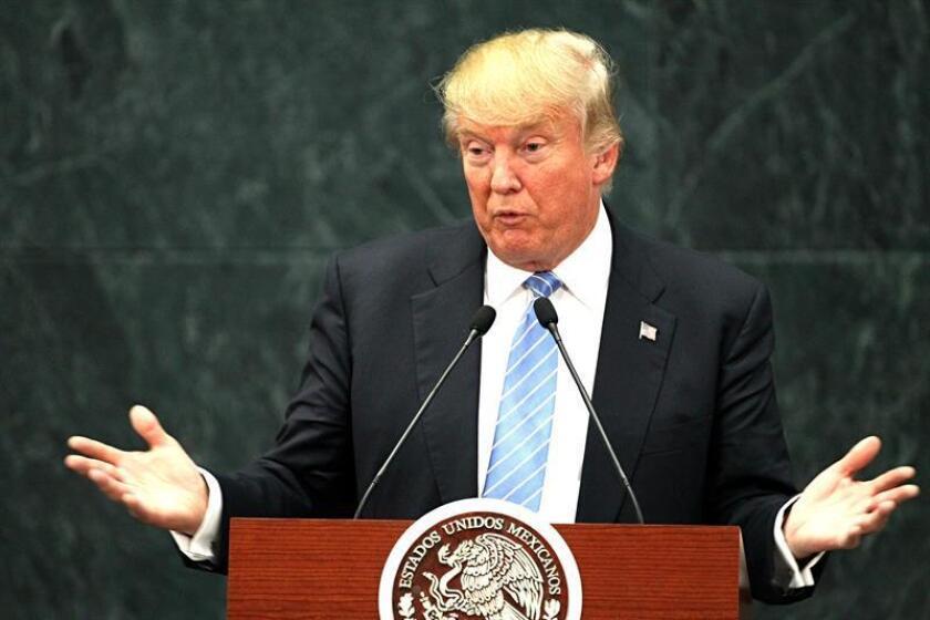 El candidato republicano a la Casa Blanca, Donald Trump, acusó hoy al presidente mexicano, Enrique Peña Nieto, de vulnerar las reglas de la reunión que mantuvieron el pasado miércoles en la que, según el magnate, pactaron no abordar el pago del muro