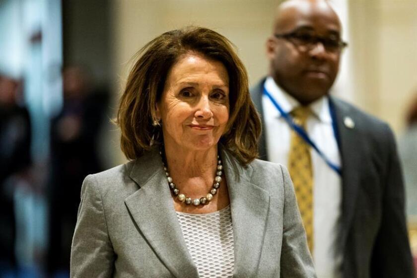 Dos congresistas demócratas electos por Nuevo México anunciaron hoy su respaldo a Nancy Pelosi, quien está luchando por volver a ser la presidenta de la Cámara de Representantes en Washington. EFE/Archivo