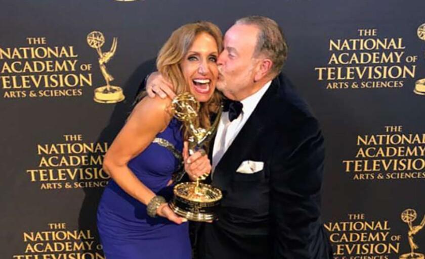 Lili Estefan y Raúl de Moñina celebraron juntos el triunfo.