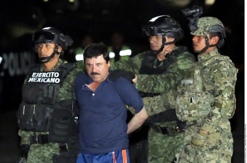 """La defensa de Joaquín """"el Chapo"""" Guzmán continúa luchando por la permanencia del capo en una cárcel mexicana, ahora con la admisión a trámite de un recurso de revisión contra la decisión de un juez que avaló la extradición a EE.UU."""