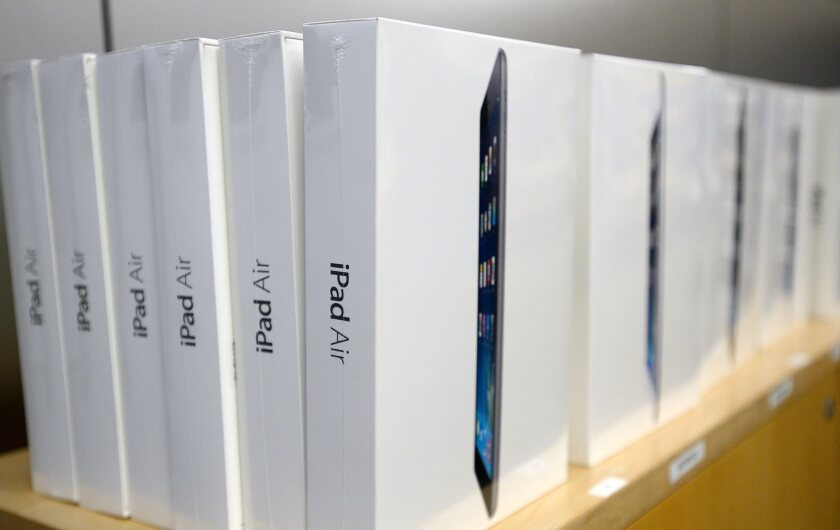 Apple posted much lower sales of iPads than expected during the first three months of 2014.