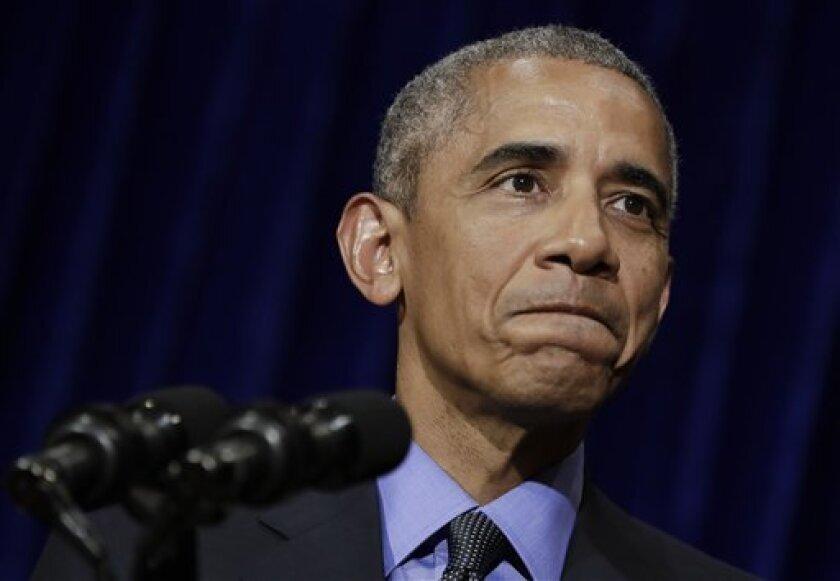 """El presidente estadounidense Barack Obama dijo que el jueves que el candidato republicano Donald Trump demuestra que no es apto para ser presidente """"cada vez que abre la boca"""" y que confía en que los estadounidenses rechazarán finalmente al multimillonario en las urnas."""