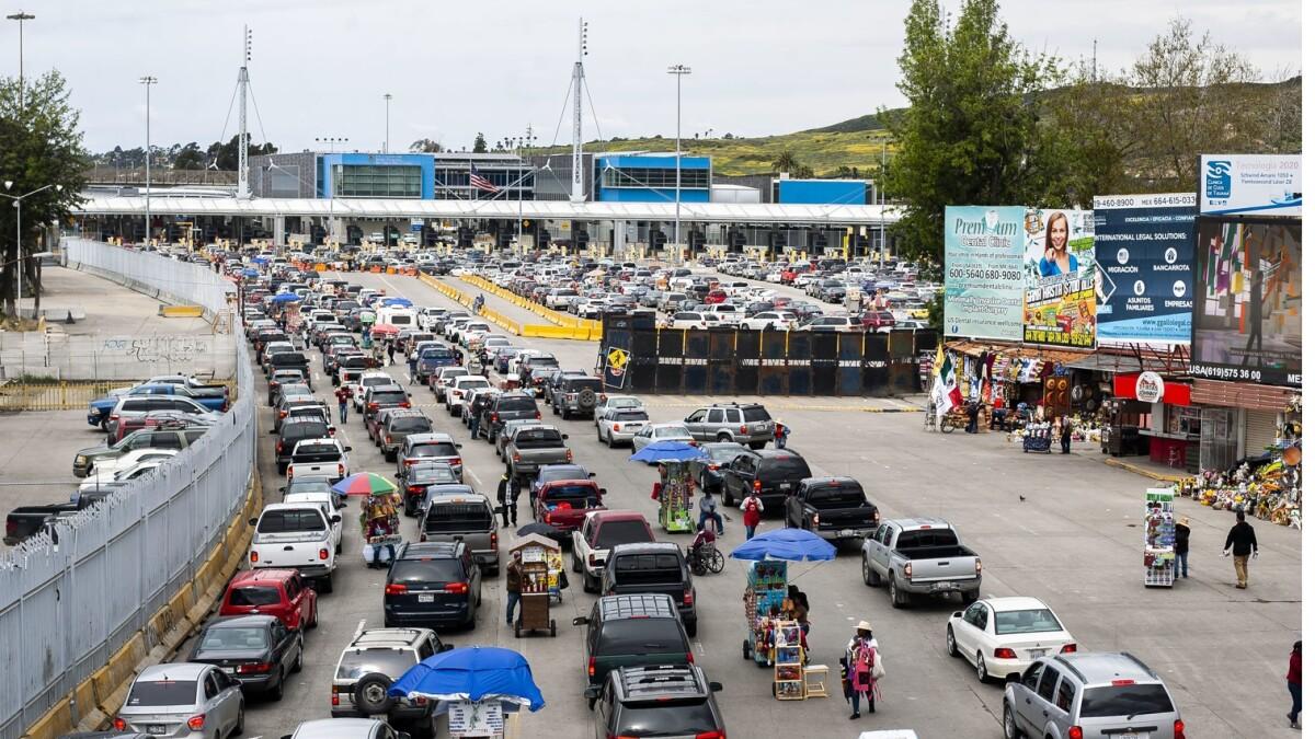 cierre parcial de frontera siga hasta agosto - Los Angeles Times