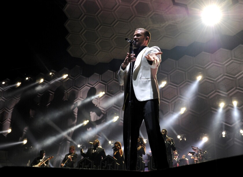 Justin Timberlake wows fans at Staples Center on Nov. 26, 2013.