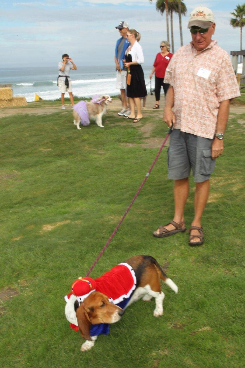 Del Mar Foundation Halloween Dog Parade