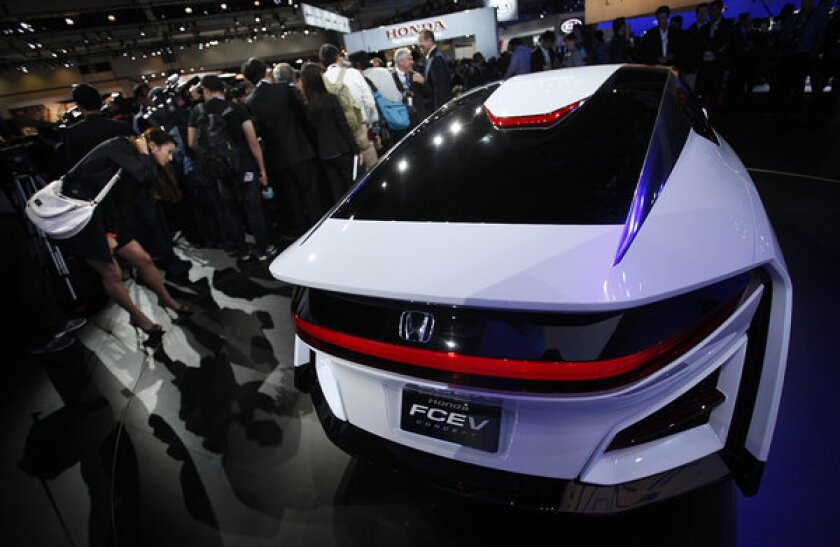 The Honda FCEV Concept makes its debut at the L.A. Auto Show.