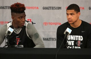 Aztecs prepare for Lobos