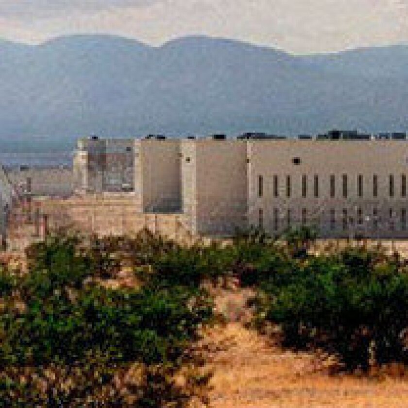 Jerry Brown eyes putting state guards in private prison