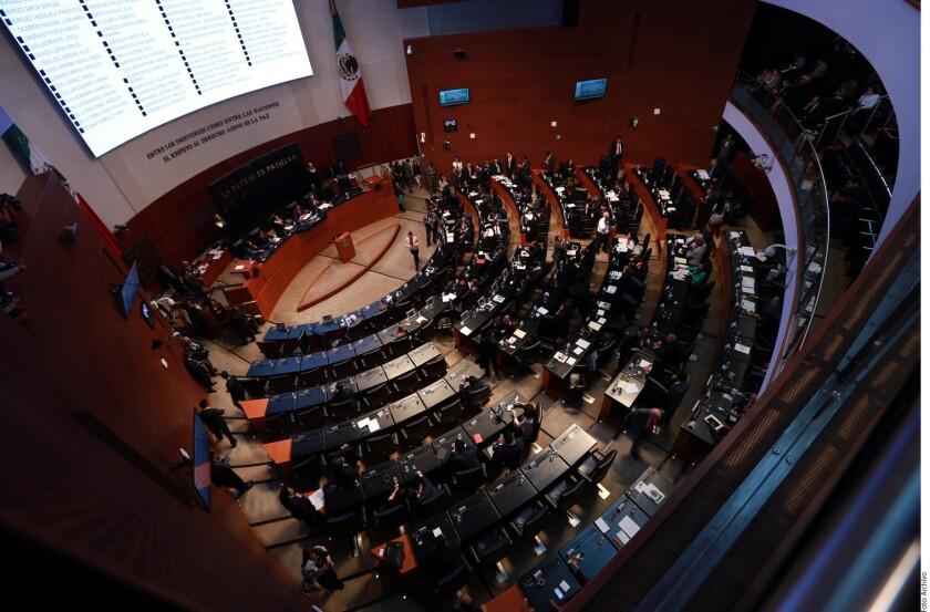 Senado mexicano, gastos millonarios