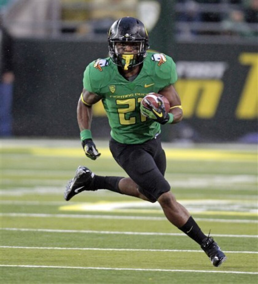 Oregon running back LaMichael James runs for a touchdown during the first half of their NCAA college football game against California in Eugene, Ore., Thursday, Oct. 6, 2011. (AP Photo/Don Ryan)