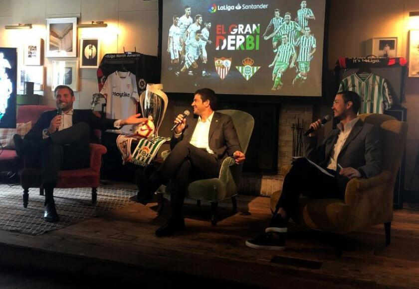 """Betis y Sevilla presumen de su Gran Derbi en Nueva York: """"Es pura pasión"""""""